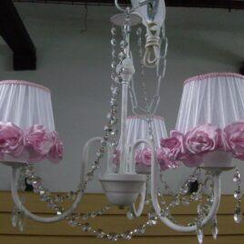 Araña de 3 Luces con Cairel Pantalla de Organza Y Flores