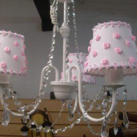 Araña de 3 luces con caireles Pantallas con Rococo